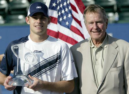 已故总统乔治HW布什爱他的国家和网球