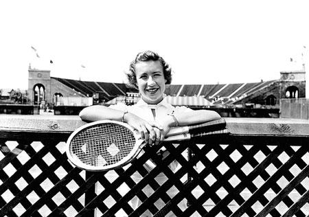 康诺利可能是有史以来最好的,她的职业生涯没有在19岁时停止。